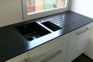 küche mit staronarbeitsfläche2