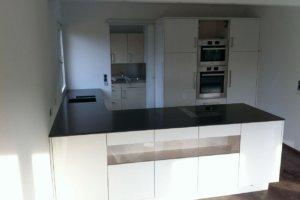 küche mit staronarbeitsfläche4